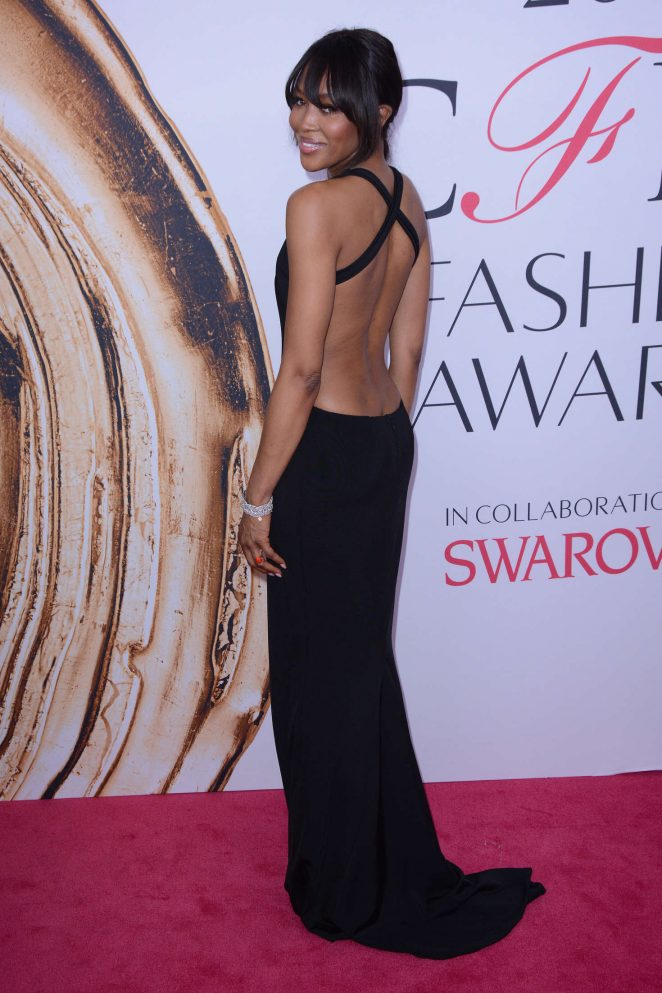 Naomi Campbell wears revealing backless dress to the CFDA Fashion Awards