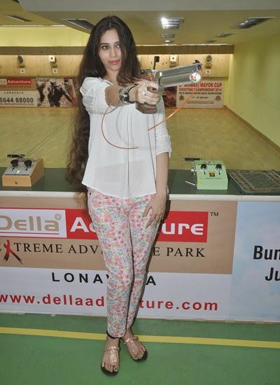 Suniel Shetty promotes Desi Kattey at Mumbai Mayor Cup Shooting Competition 2014