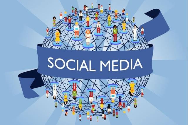 social-media-manager-riclargo