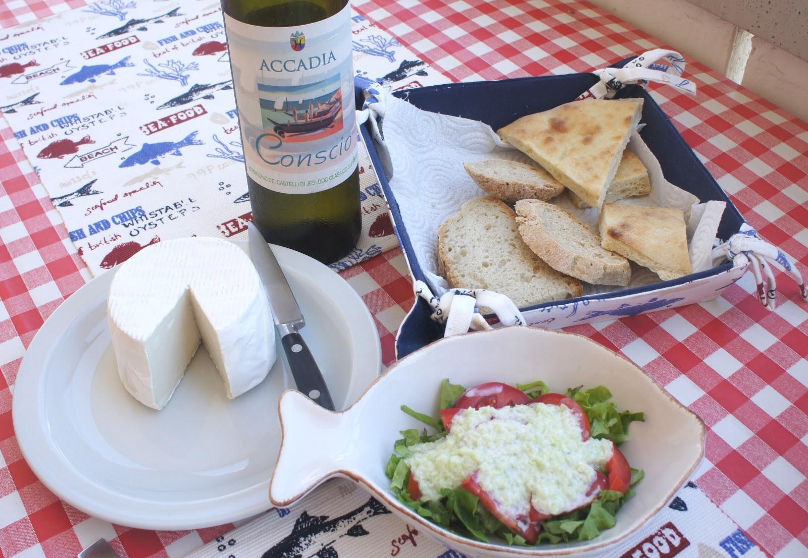 Il posto delle visciole salsa di cetrioli tipo tzatziki for Cucinare cetrioli