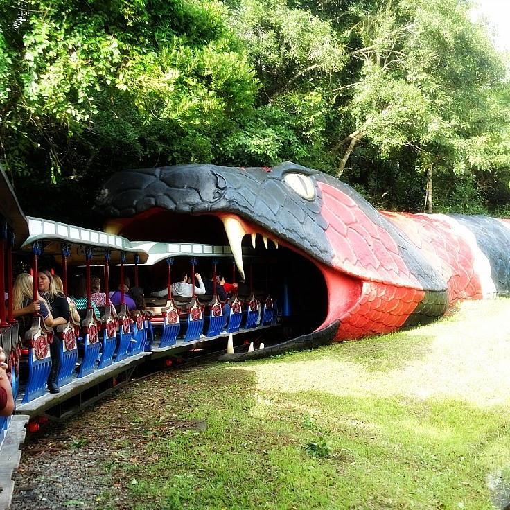 Túnel da Serpente, no Dino Magic, em Beto Carrero World