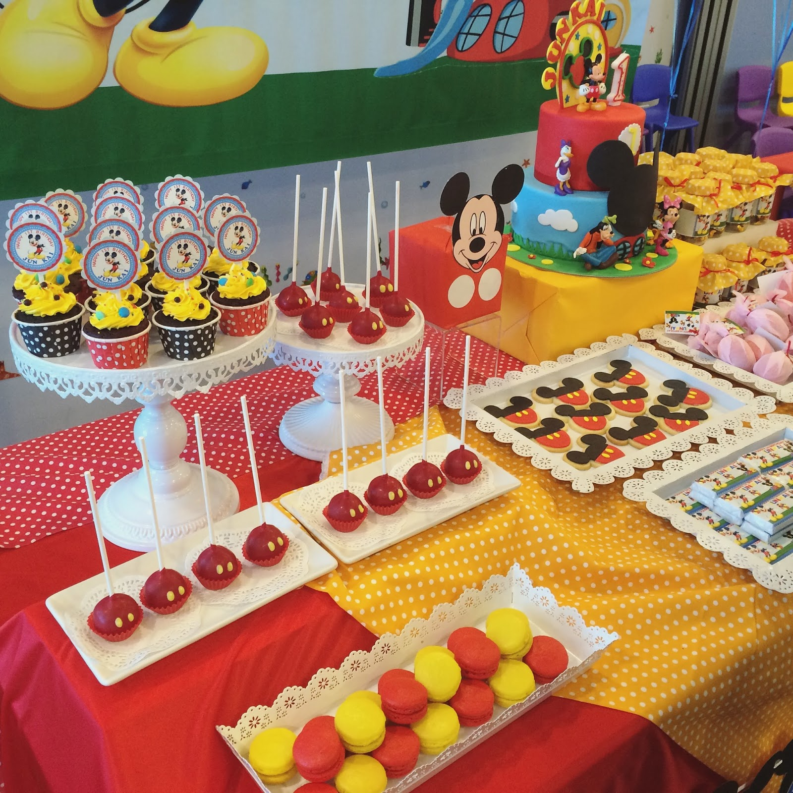 Mickey Mouse Clubhouse Cake Desserts Crissas Cake Corner