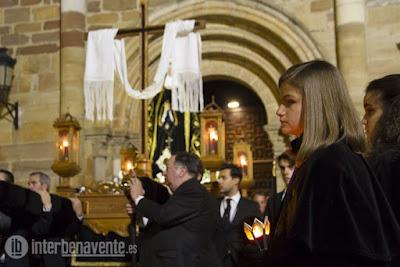 http://interbenavente.es/not/15939/procesion-de-la-santa-vera-cruz-/