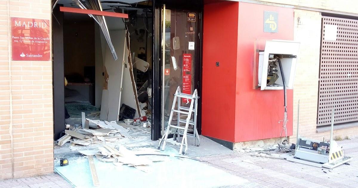Las tablas digital los ladrones revientan con un for Santander cajeros madrid