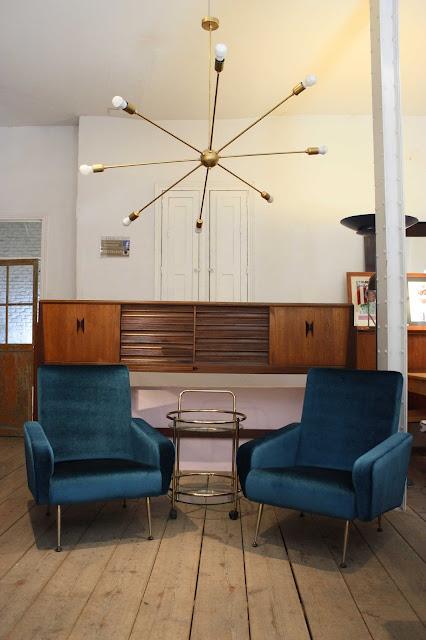 Lo último en tendencias de decoración, muebles vintage e iluminación.