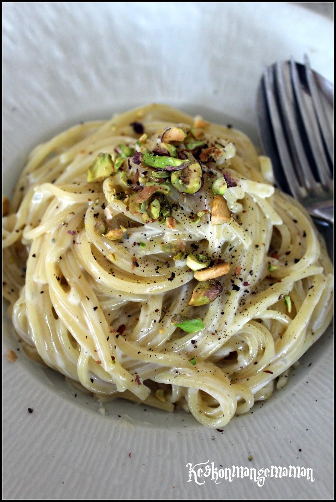 keskonmangemaman spaghetti et linguini sauce au gorgonzola et roquefort. Black Bedroom Furniture Sets. Home Design Ideas