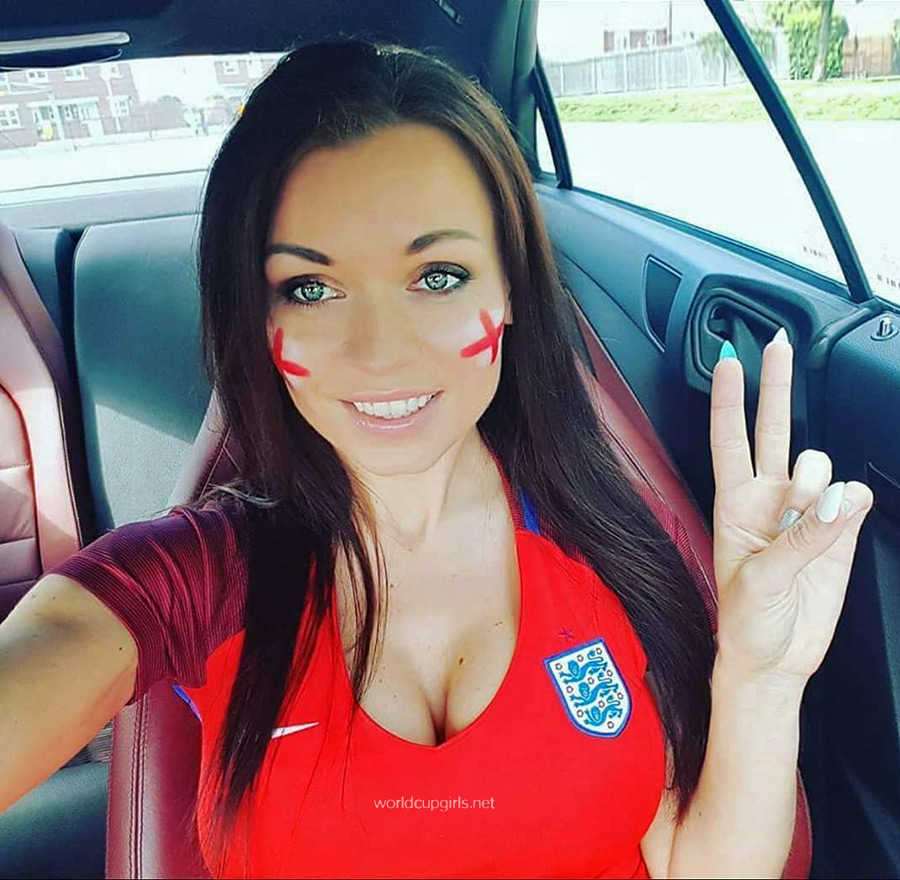 100 Photos Of Hot Female Fans In Fifa World Cup 2018-1747