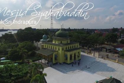 Pengembangan Pariwisata Religius Berbasis Masjid di Indonesia