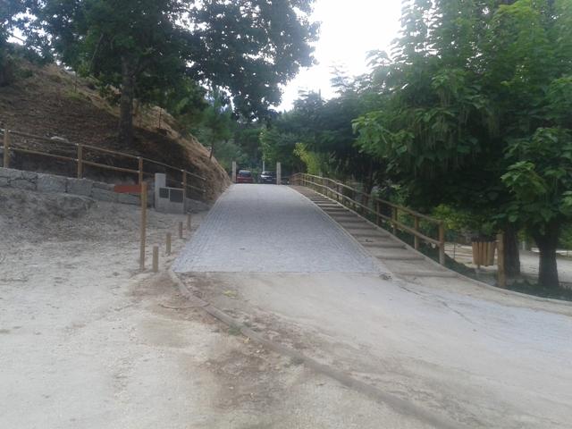 Entrada para a praia fluvial de Ferreirós do Dão