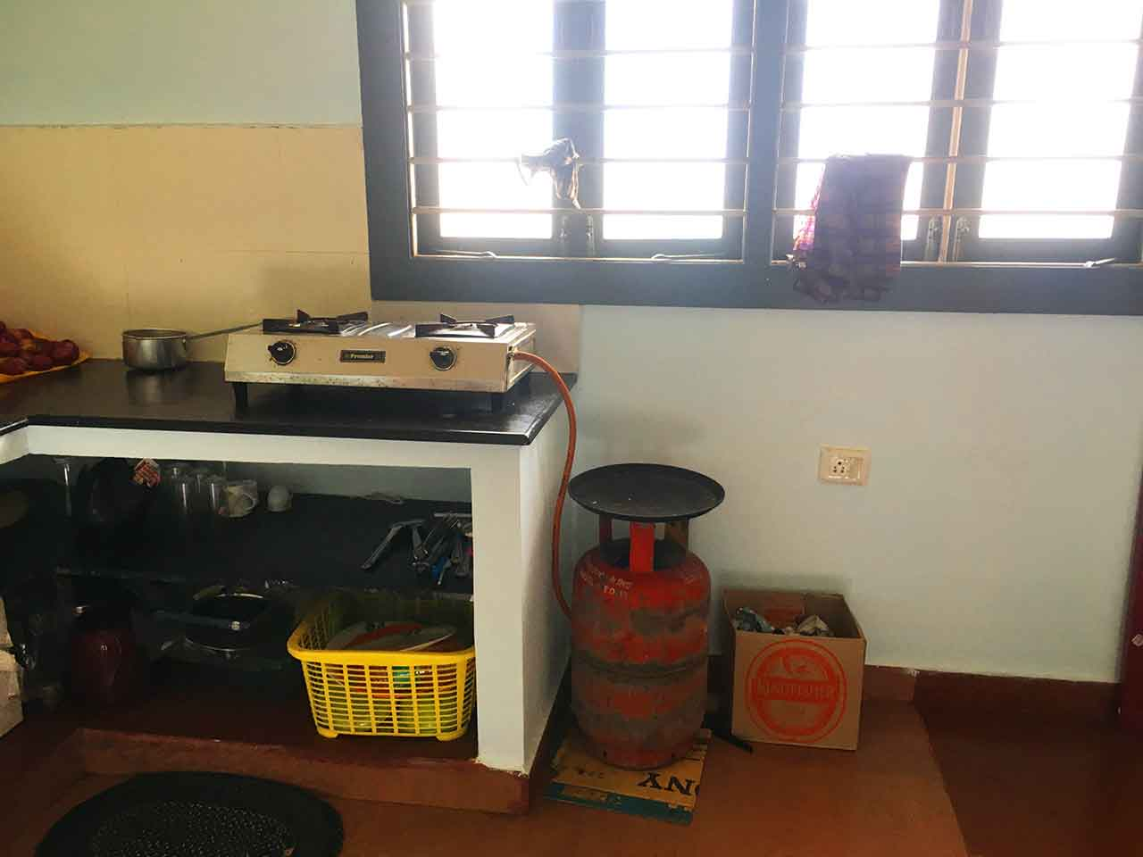 below 10k beach house in ecr