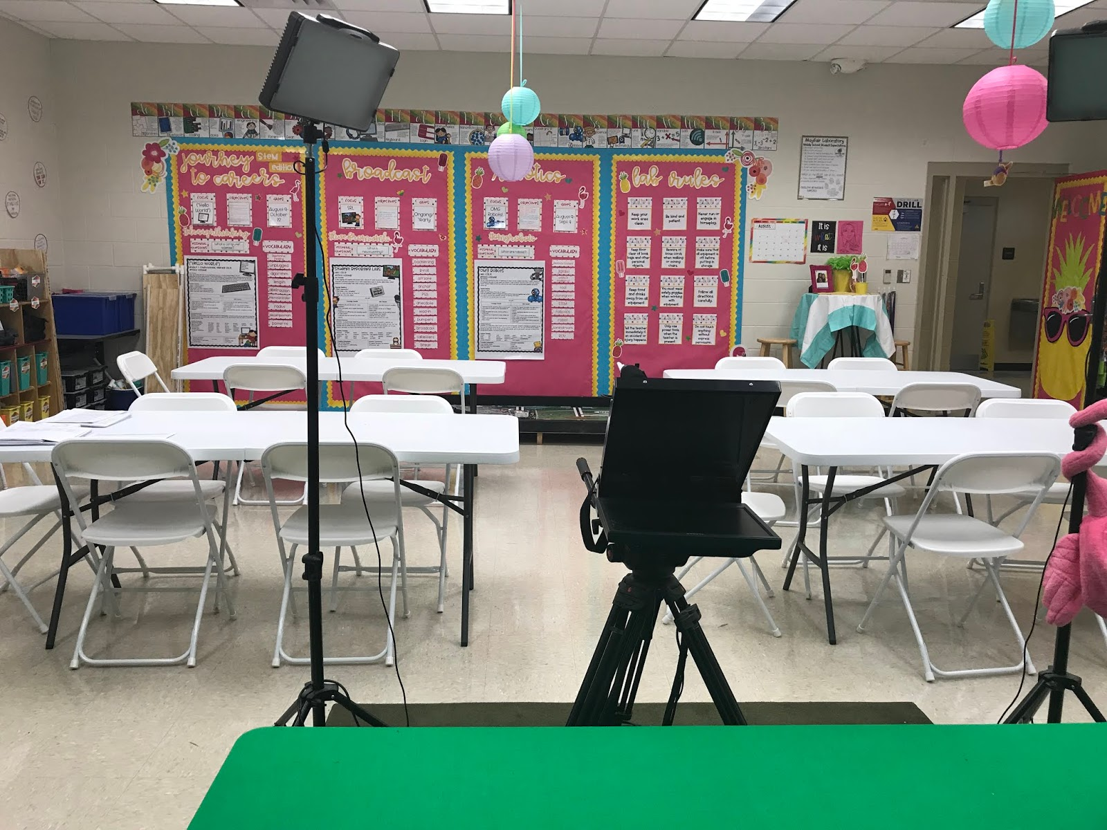 Classroom Reveal 2018 Fun And Freebies Tech And