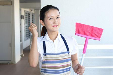 Cara Alami Membakar Kalori Dengan Membersihkan Rumah