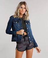 Você não pode ficar sem essa jaqueta! Composição: 100% Algodão Modelo Veste: P Altura: 1,80cm