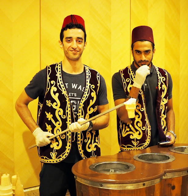 trick man Ice Cream  Traditional One  World Hotel Bandar Utama Cinnamon Coffee House