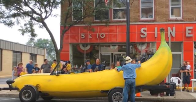 Big banana car