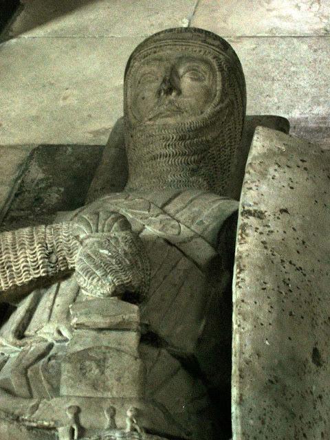 Túmulo de um cavaleiro templário. Temple Church, Londres.