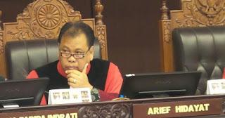 Ketua MK : Guru Jangan Mudah Dipolisikan Tapi Seharusnya Mendapat Perlindungan Seimbang