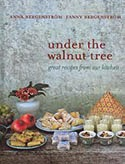 http://www.wook.pt/ficha/under-the-walnut-tree/a/id/12329019?a_aid=523314627ea40