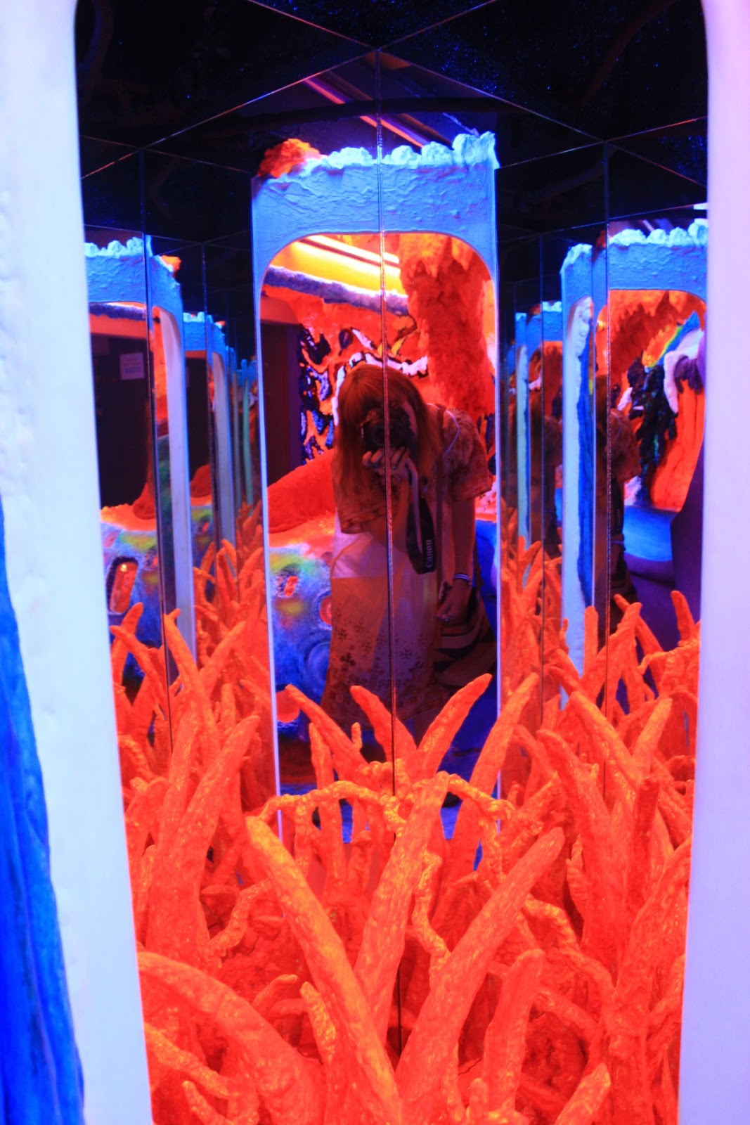 Electric Ladyland, Museum of Fluorescent Art, Amsterdam Review
