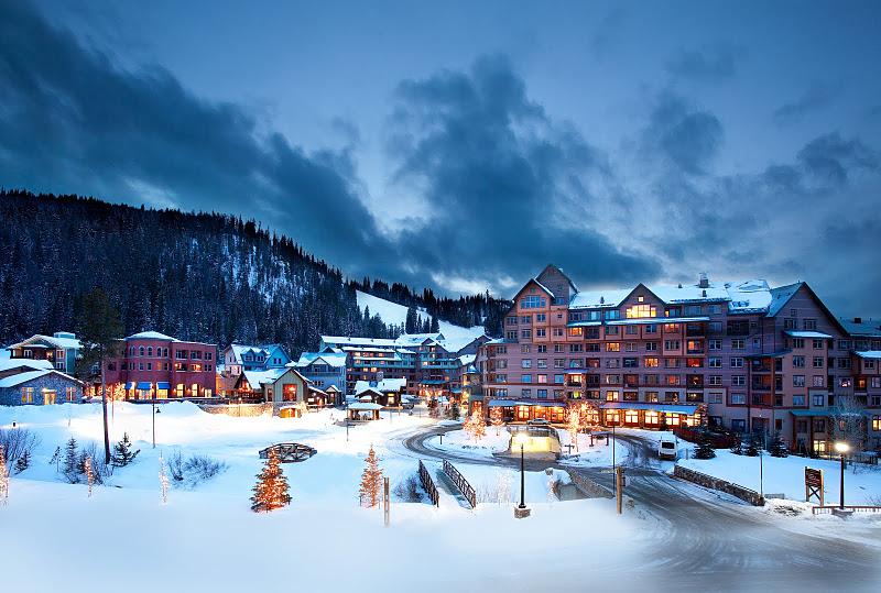 TOP WORLD TRAVEL DESTINATIONS: Winter Vacation In Colorado