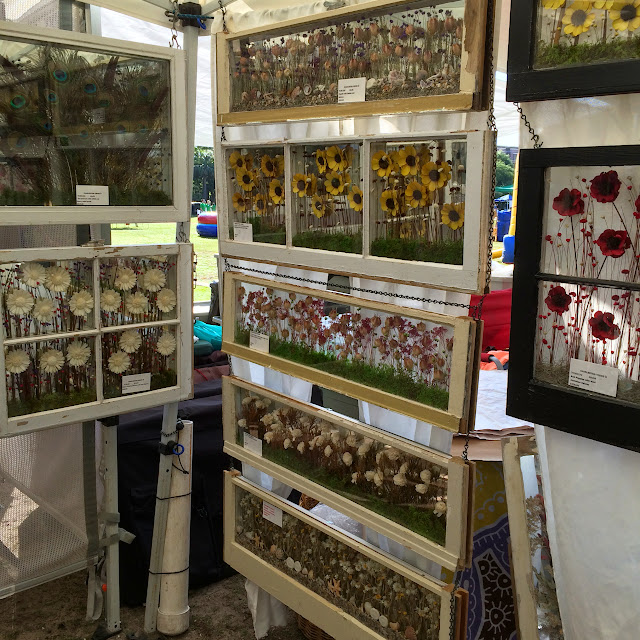 Charleston Farmers Market in Marion Square Decorative Windows from Charleston Views | The Lowcountry Lady