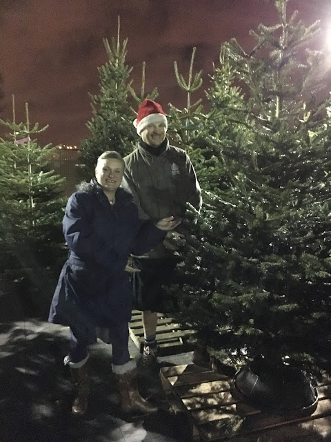 madmumof7 chooses tree from Pines and Needles store in London