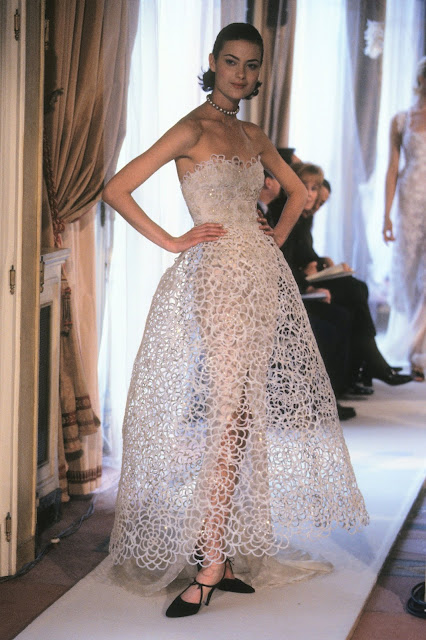 CHANEL SPRING COUTURE 1997 Runway Show