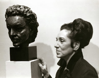 Rosalyn Tureck with bust of herself by Sir Jacob Epstein, Museum of Modern Art, New York (1966)