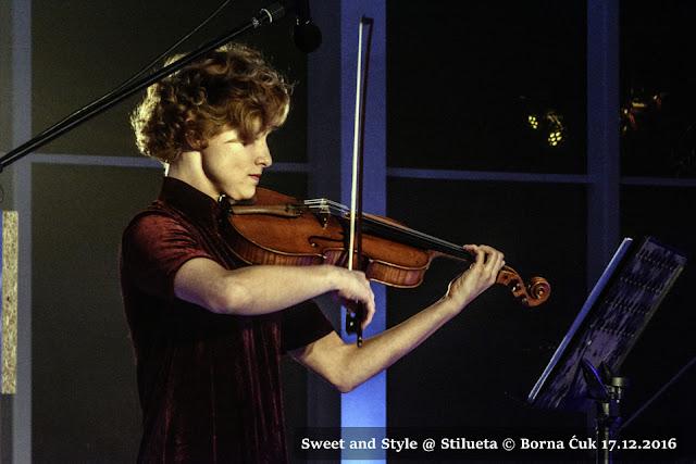 Nastasja Štefanić viola