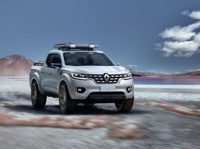 Renault pick-up with Mercedes and Nissan