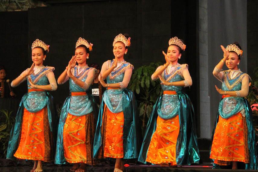 Tari Petik Pari, Tarian Tradisional Dari Pacitan Jawa Timur