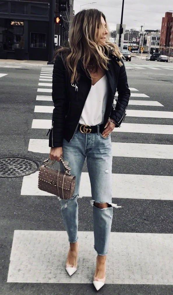 street style addict / biker jacket + bag + white t-shirt + rips + heels