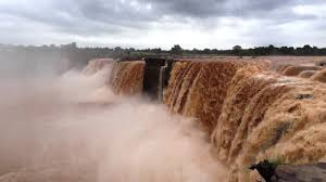 chitrakoot falls in rainy season