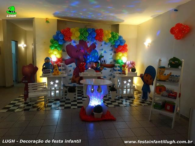 Mesa decorada Pocoyo para festa de aniversário infantil - Festa temática - Provençal simples