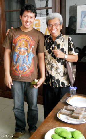 Berfoto bersama pak Aryo