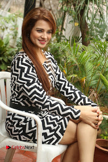 Actress Saloni Latest Pos in Short Dress  0213.JPG