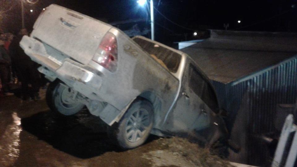 Camioneta desbarrancada en Ushuaia