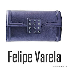 Felipe Varela ocean blue leather clutch bag. Queen-Letizia