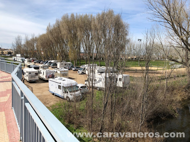 aparcamiento autocaravanas Salamanca | Ruta Semana Santa Autocaravana | caravaneros.com