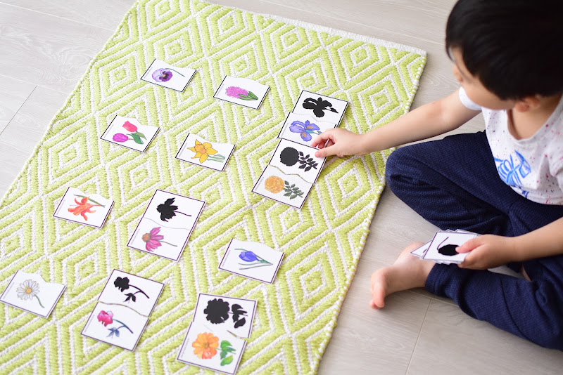 SPRING FLOWER SILHOUETTE MATCHING CARDS