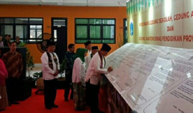 Telan Dana Rp 2 Triliun, Anies Resmikan Sejumlah Fasilitas Lembaga Pendidikan