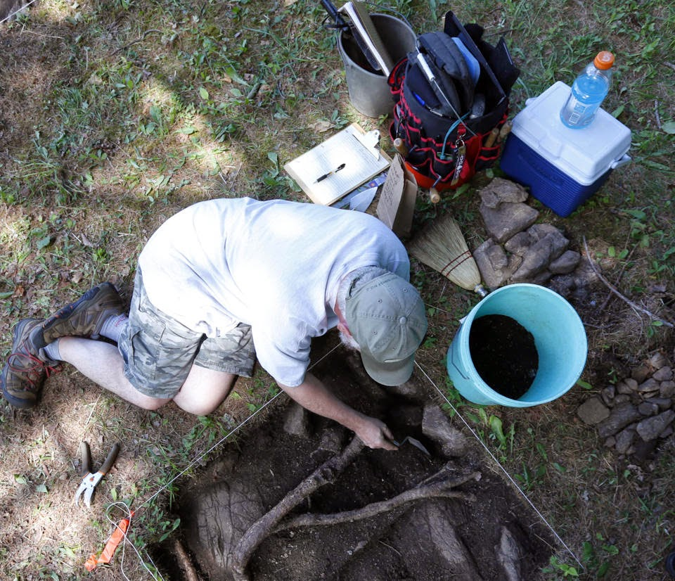 Archaeologists excavate NY Colonial battleground
