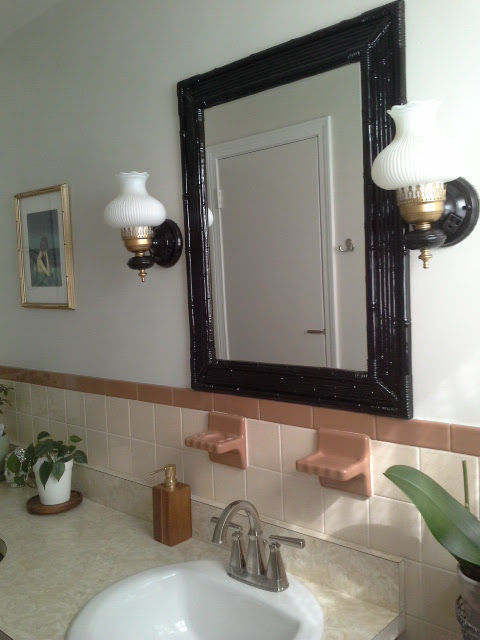 Vintage Bathroom Makeover black bamboo mirror