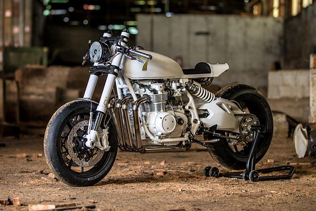 Mrs. Duke, Honda CB500 Cafe Racer
