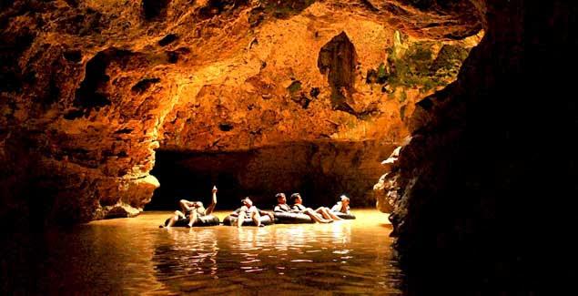 Goa Pindul, Mengungkap Keindahannya dengan Cave Tubing