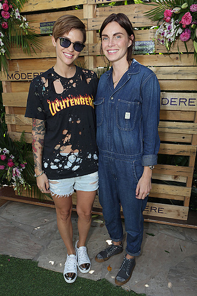 Ruby Rose and Phoebe Dahl 002