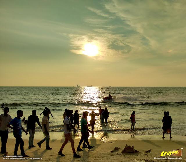 Weekend crowd, boat rides in Panambur Beach