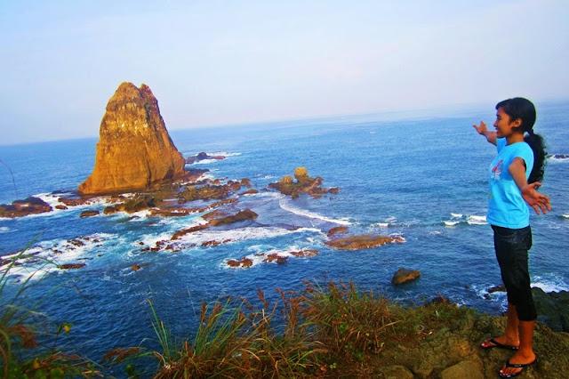 siti hinggil dan pantai malikan
