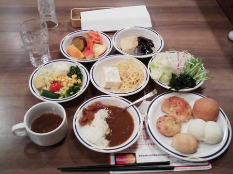 サラダバイキングランチ¥646 ステーキガスト一宮尾西店