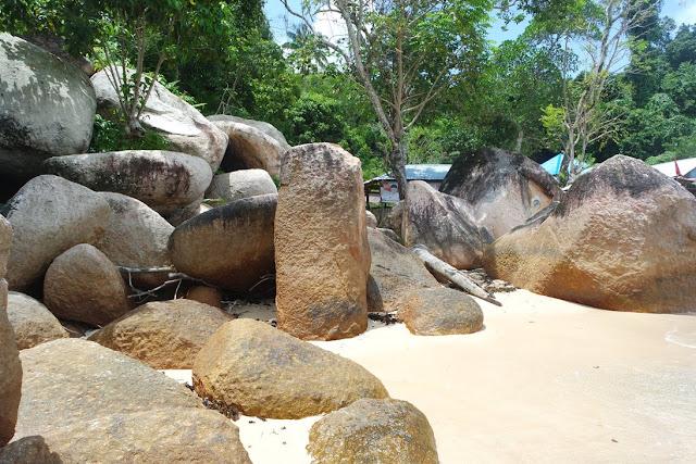 pantai mirip belitung di pesisir selatan sumatera barat